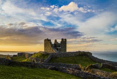O'Brien's Castle on Inis Oirr with a sunset
